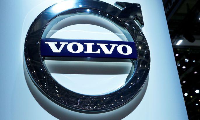 Весь тираж седанов Вольво S60 T8 Polestar Engineered распродали за39 мин.