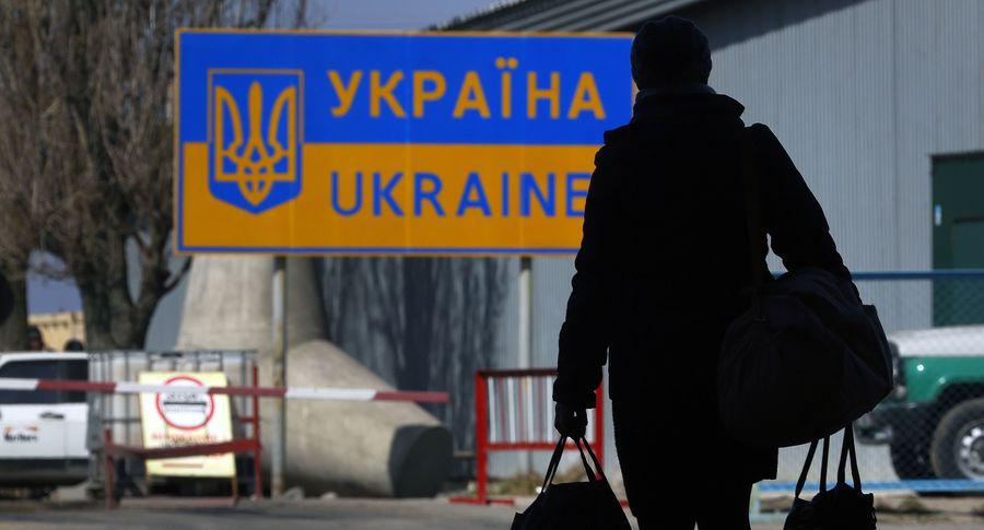 Турчинов объявил, что биометрический контроль наукраинской границе будет направлен против граждан России
