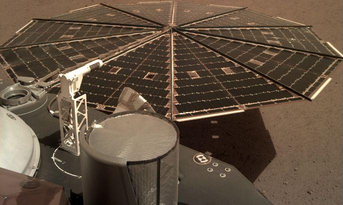 Космическому зонду «Инсайт» удалось записать звук  ветра наМарсе (6)