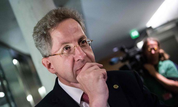Руководителя  контрразведки ФРГ уволят засомнения вподлинности видео с«преследованием мигрантов»