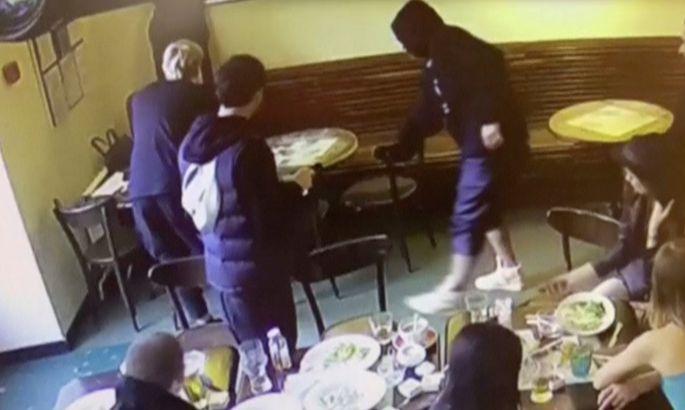 «Отказываюсь отвечать навопрос». Видео допроса Кокорина иМамаева