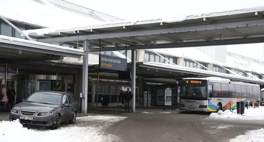 Эстонского премьера непустили всамолет ваэропорту Швеции