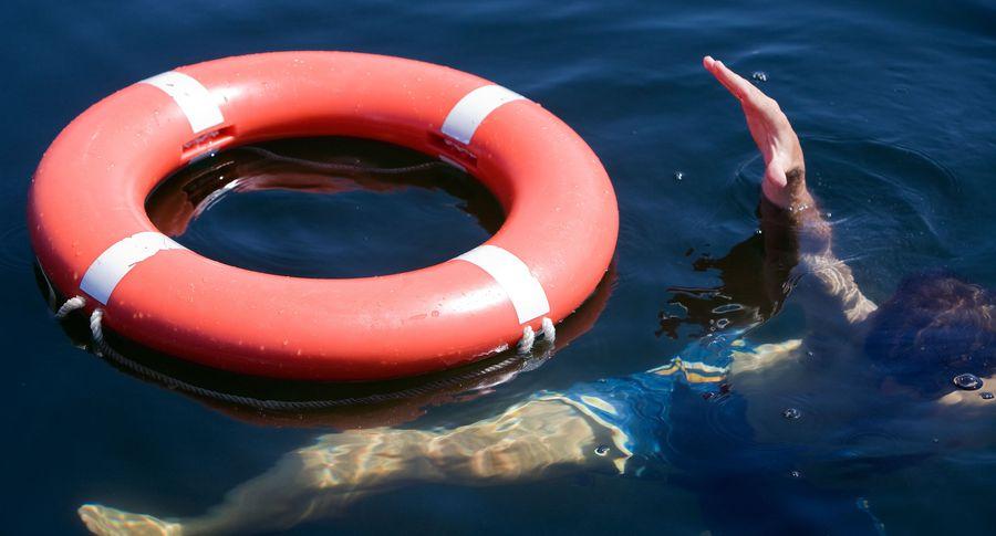 ВЧелябинской области затонула лодка, 4 человека погибли