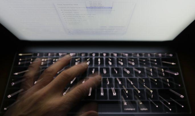 Германские СМИ: русские хакеры атаковали серверы МИД иМинобороны страны
