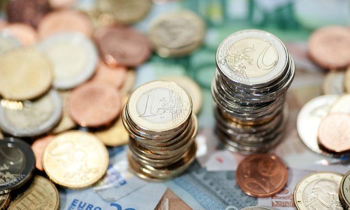 Eurostat: В 2017 еврозона сократила государственный долг и недостаток бюджета
