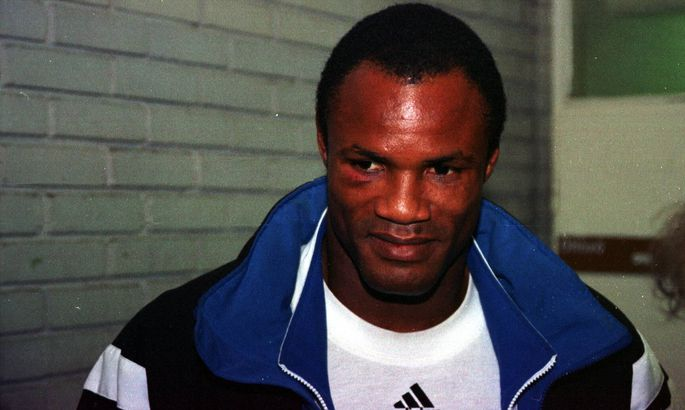 Трехкратный олимпийский чемпион побоксу арестован пообвинению визнасиловании подростка