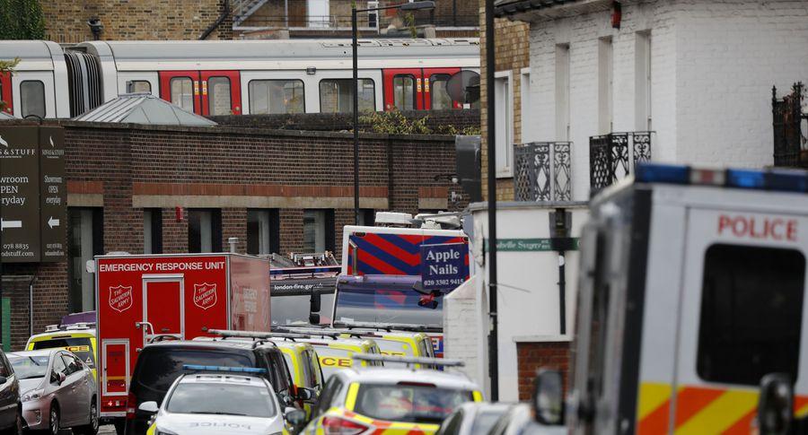 Британский премьер заявляет овысокой вероятности новых терактов вгосударстве