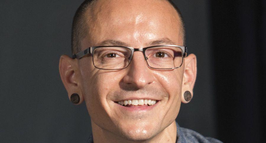 Незадолго досамоубийства солист Linkin Park говорил оборьбе сдепрессией