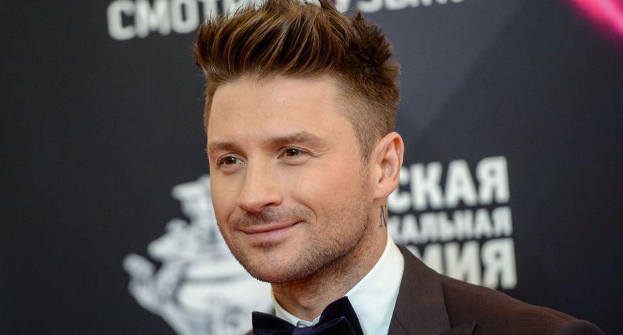 Награда МУЗ-ТВ: Лазарев получил «тарелку» за«Лучшую песню»