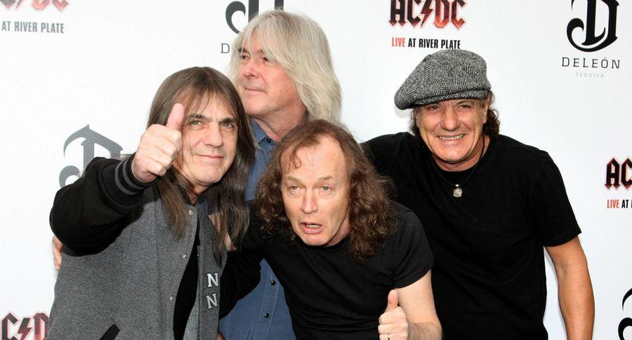 Скончался один из основоположников AC/DC Малькольм Янг
