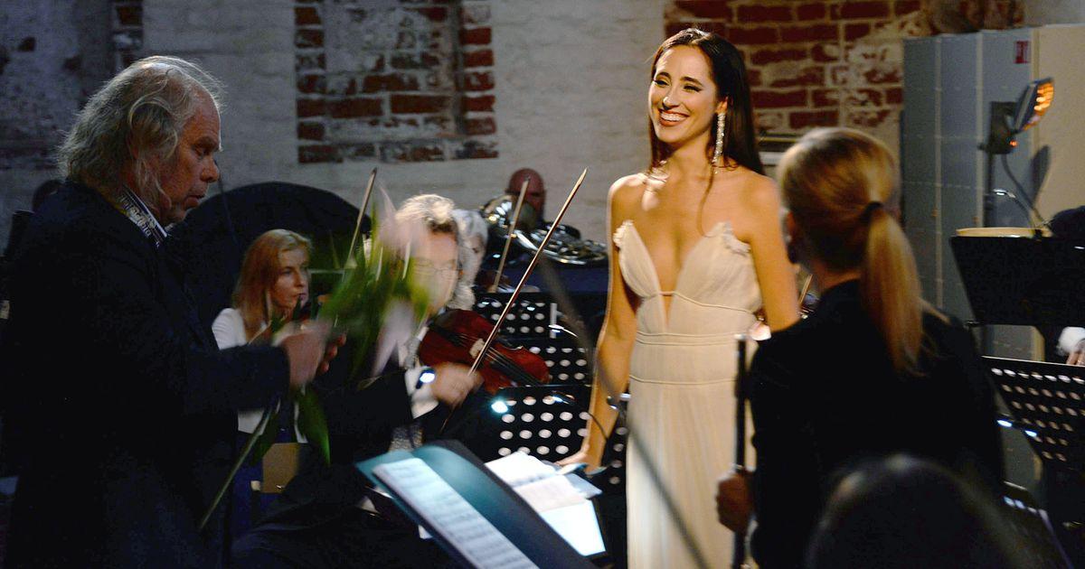 Fotod: Elina Nechayeva säras Klaaspärlimängu avakontserdil