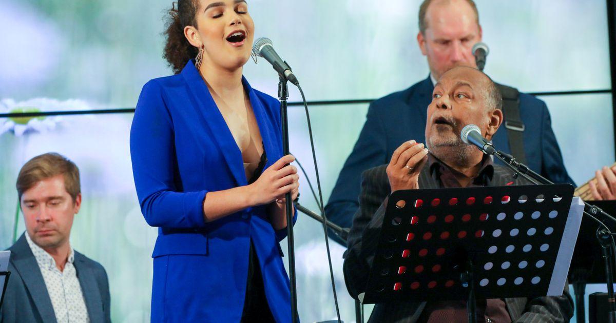 Dave Benton ja Sissi Nylia Benita andsid sooja kontserdi täissaalile