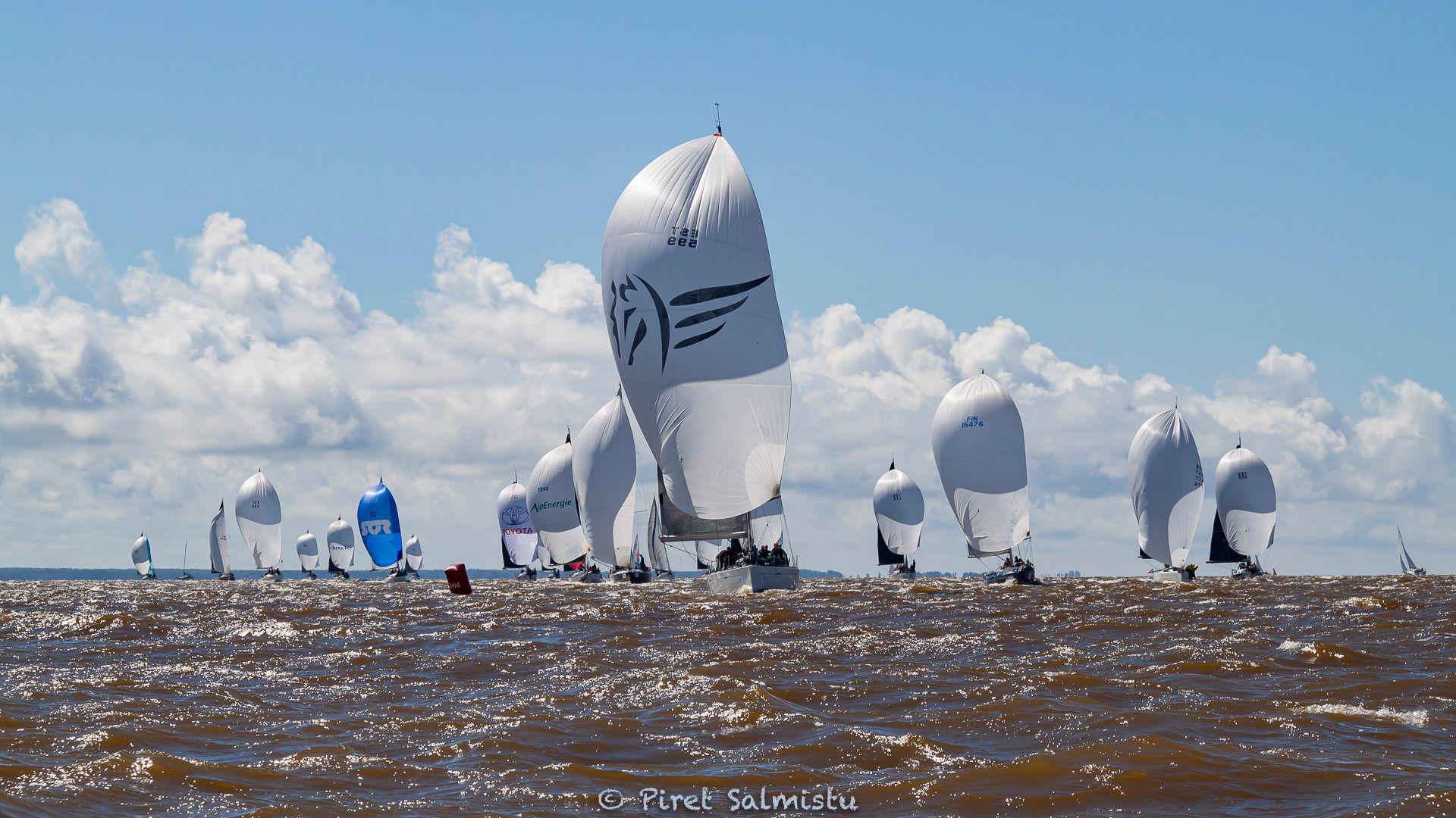 Muhu Väina regati teisel võistluspäeval purjetati Pärnu lahel lühirajal