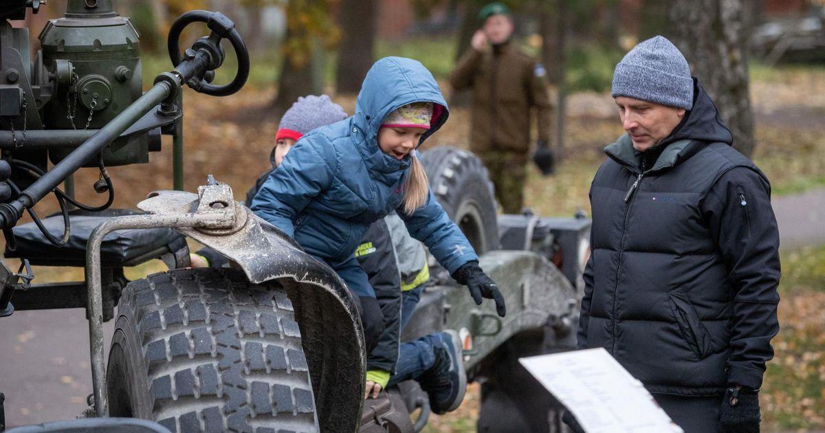 Kaitsevägi kutsub Rakveres kõikide laste isadepäevale