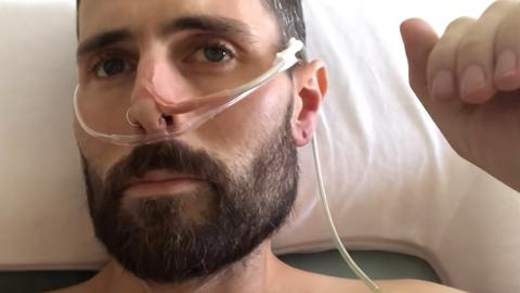 Ravimatu vähiga mees on jaganud kogu oma haigusteekonda läbi videote.