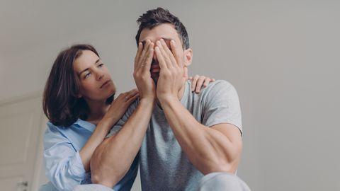 Austraalia seksuoloogide seltsi kinnitusel kimbutavad «seksipeavalud» kummalisel kombel kuus korda sagedamini mehi kui naisi.
