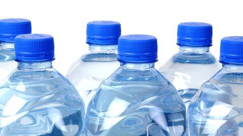 Keskkonnale ja tervisele on kasulikum plastikpudeli asemel juua vett klaas- või metallpudelist.