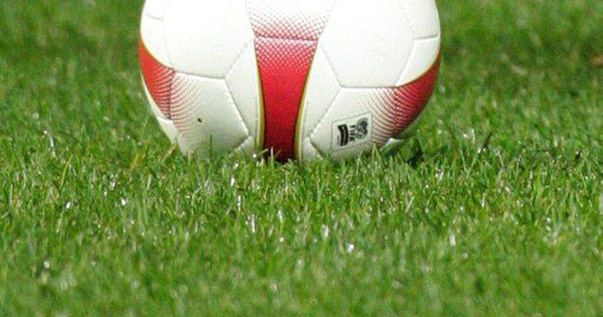 Kiirturniir selgitas välja noorte ja vanemate jalgpallihuviliste vahelise jõuvahekorra