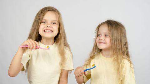 Lastele ei pruugi hambapesu meeldida ja nad võivad sellele vastu sõdida. Sellisel juhul tuleb lapsevanemal kavalusega hambapesu lõbusaks ja põnevaks ettevõtmiseks muuta.