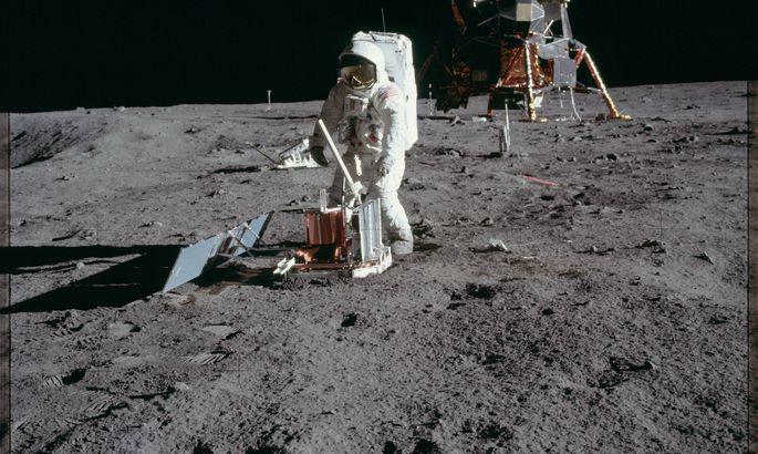 США намерены направить астронавтов на Луну до 2024 года