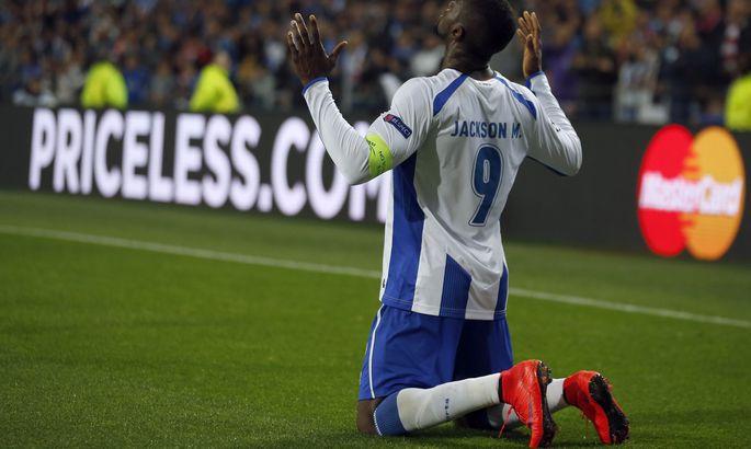38ef3e88db2 Sel hooajal Meistrite liigas kuus väravat löönud FC Porto ründaja Jackson  Martinez sahistas ka Müncheni Bayerni väravavõrku.
