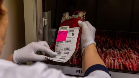 0 reesusnegatiivse veregrupiga doonoritele üleskutse vere loovutamiseks on pidevalt aktiivne.
