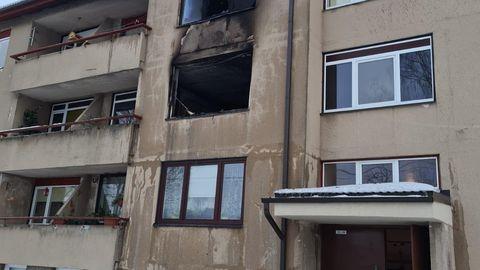 Tapal põles korter lahtise leegiga, haiglasse viidi kuus inimest