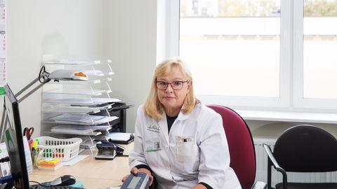 Kuigi õe töö on 35 aastaga palju muutunud, on  õde Katti Kõrve sõnul alati olnud toetaja ja käehoidja: temalt oodatakse lisaks arsti korralduste täitmisele ka julgustavat naeratust, patsiendiga rääkimist ja tema toimetuleku igakülgset toetamist.