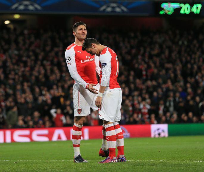 4ba188a5233 Nukrad Londoni Arsenali mängijad Olivier Giroud (vasakul) ja Mesut Özil  pärast AS Monaco käest saadud 1:3 kaotust.