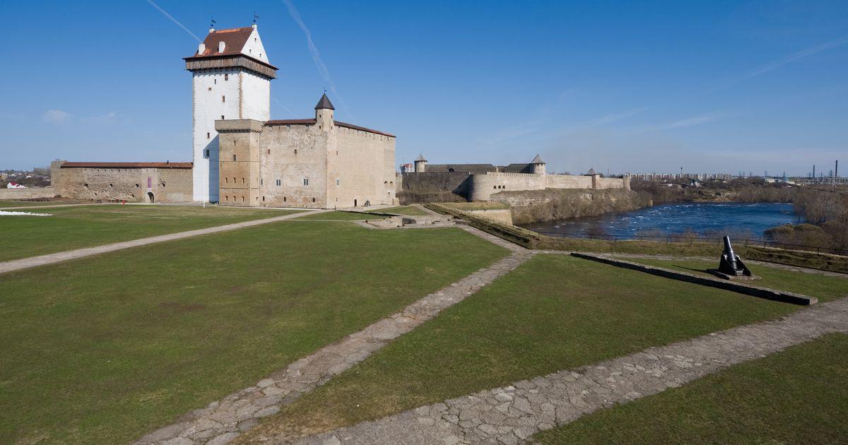 Narva linnapea küsib kultuuriministrilt abi 125 000 eurot maksva klaveri ostuks