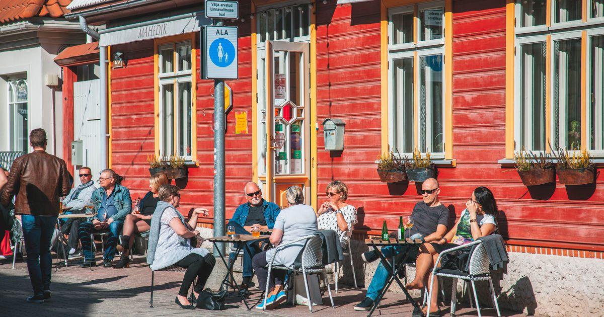 Galerii: esimesed kohvikud avasid kevadise päikse all terrassid