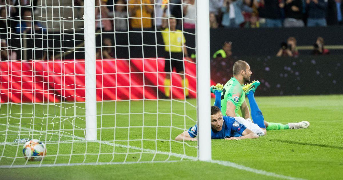 Jalgpallifänn Marek Tiits: koondise noorendamine on venima jäänud