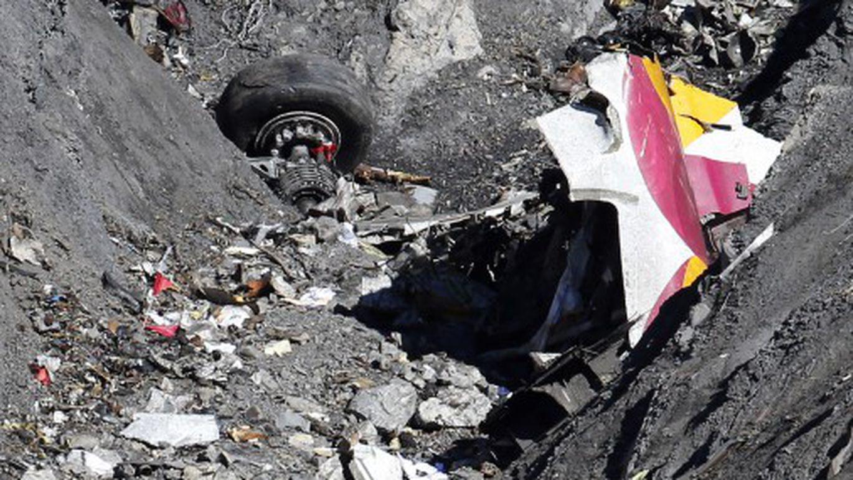 позировал фото туристов с разбившегося самолета таких датчиков это