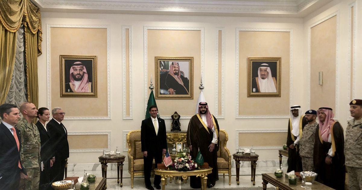 USA kaitseminister on Saudi Araabias üllatusvisiidil