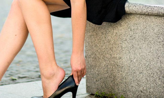 6f532f391 Что делать, если обувь велика - Мода - TVNET Красотка - Обо всем ...