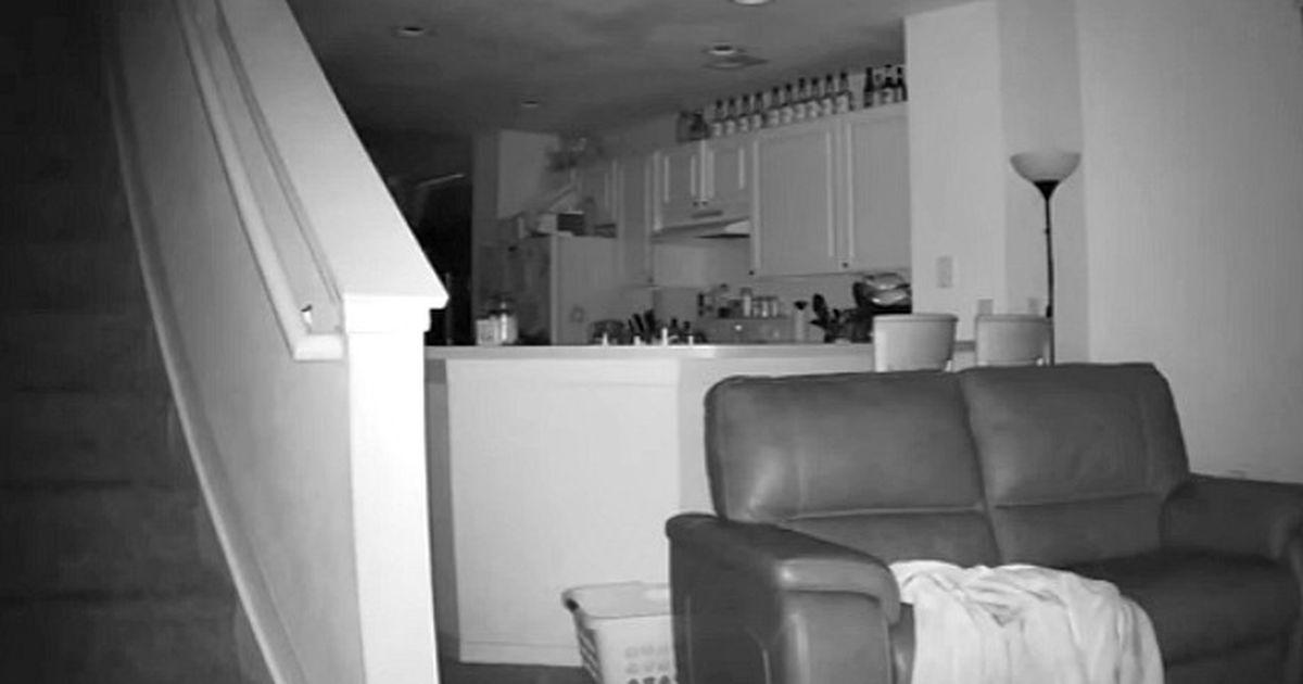 Дома спалилась на скрытую камеру — 15